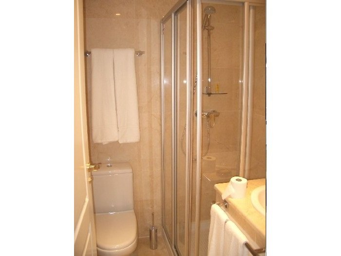 901A Bath